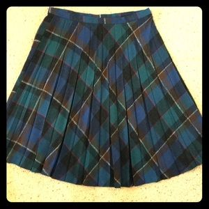 Plus size vintage plaid pleated skirt